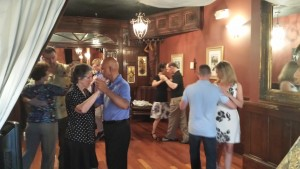 Tango at Hummingbird to Mars, Wilmington